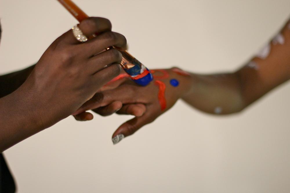 les femmes live body paint