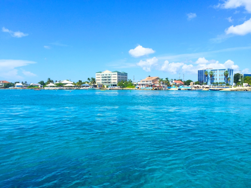 Grand Cayman and its GORGEOUS crystal water
