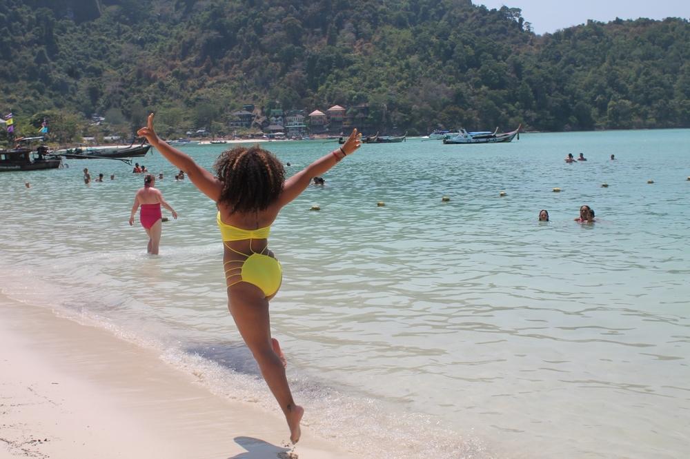 alison-law-phi-phi-beach