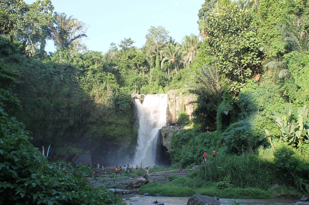 Stunning // Tegenungan Waterfall