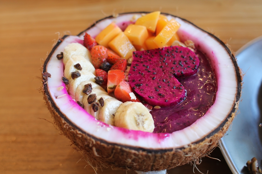 Berry banana acai bowl -- BOMB // Cafe Organic