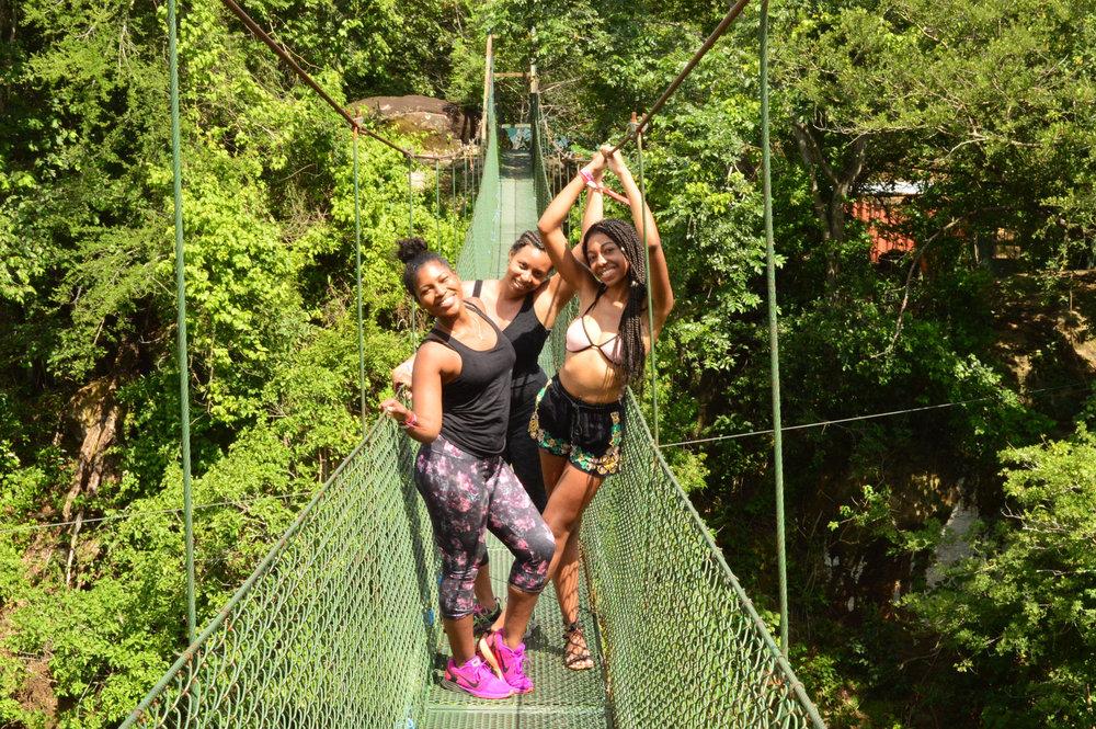costa-rica-girls-trip-bridge