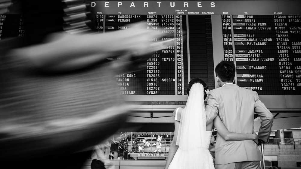 Pre Wedding Shoot Changi Airport Singapore (1 of 3).jpg