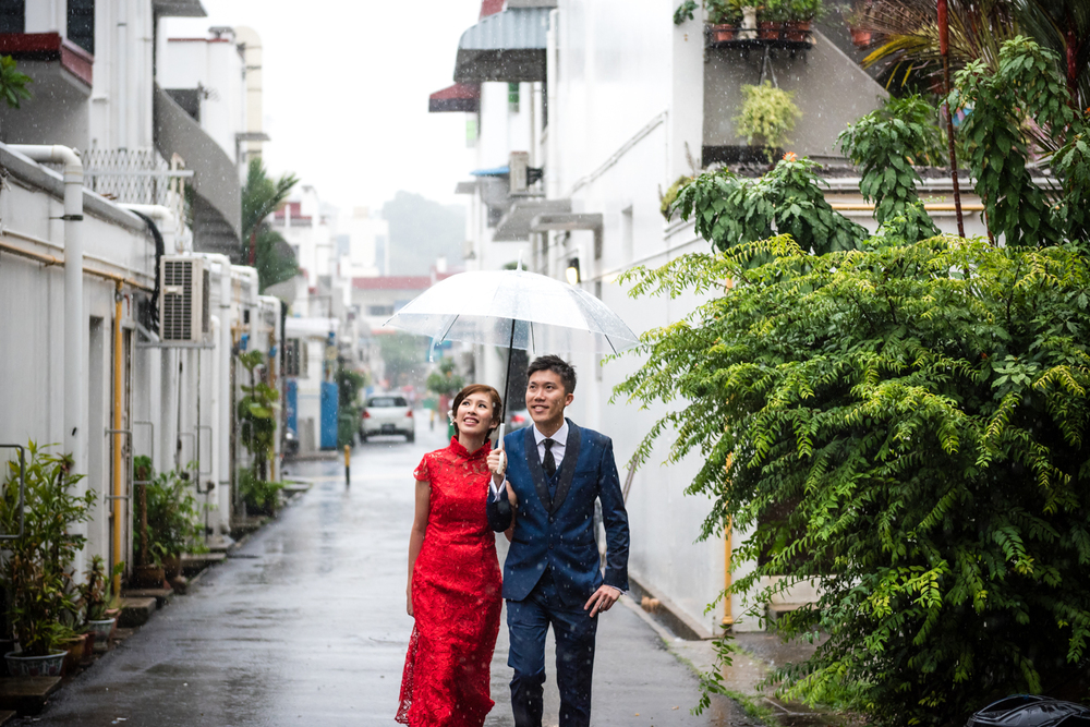 Pre Wedding Shoot Tiong Bahru Rustic Rain Singapore (1 of 3).jpg