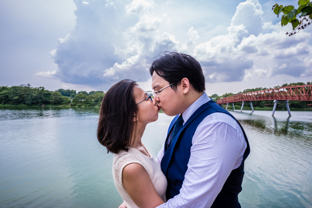 Pre Wedding Shoot Punggol Waterway SIngapore (4 of 5).jpg