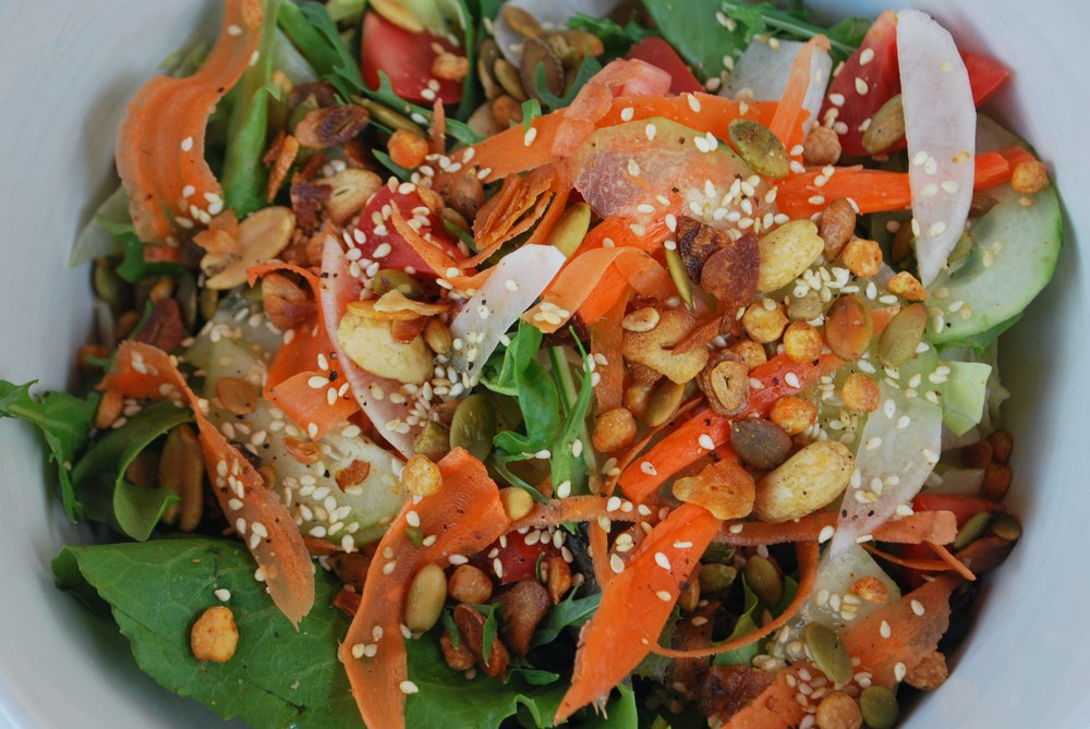 MASALA SUMMER SALAD - Healthy salad with Indian trail mix