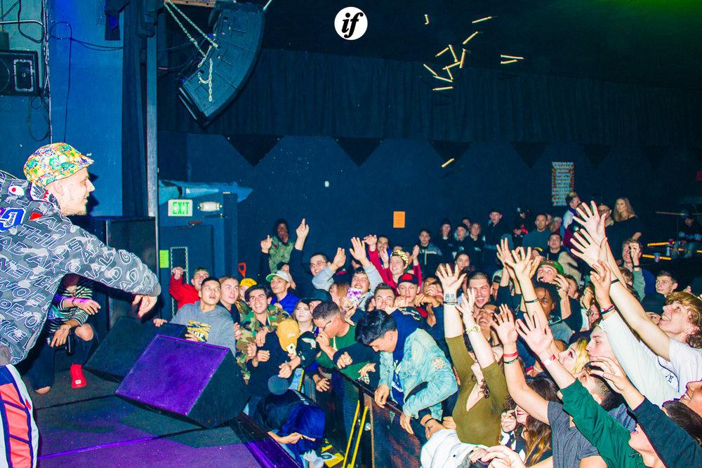 WATERSZN_TOUR_2018_11.jpg