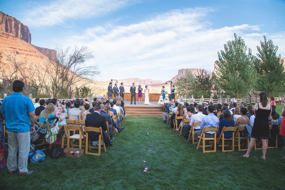 moab wedding photography at red cliffs lodge