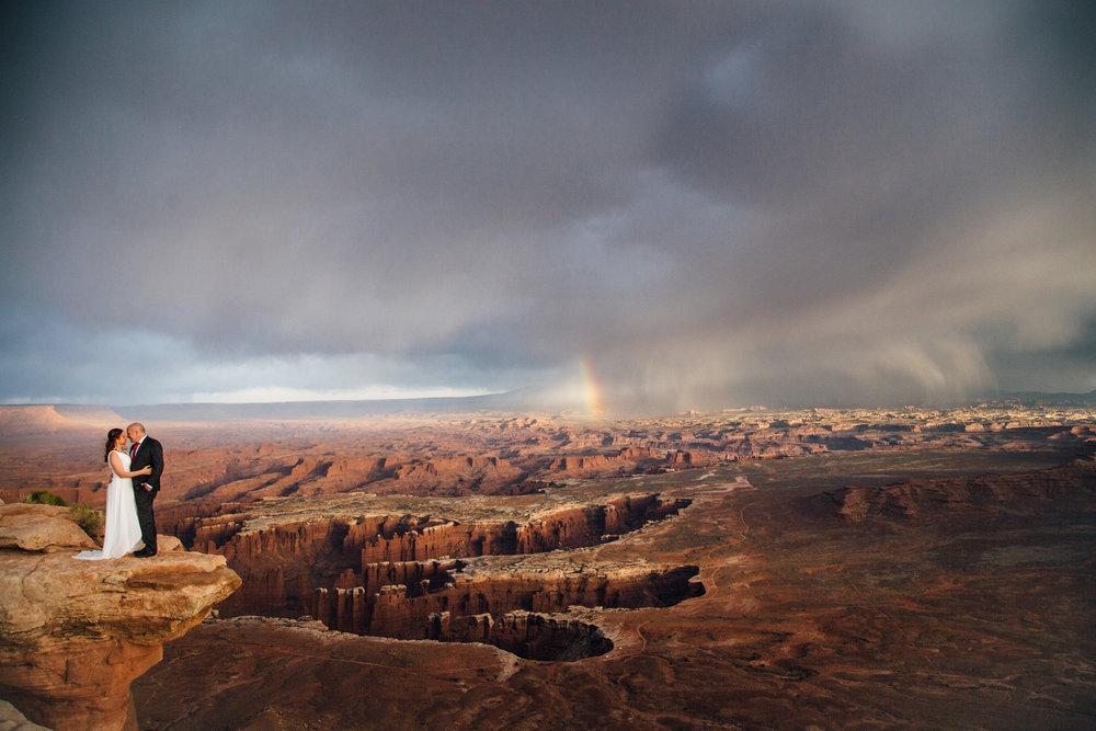 canyonlands wedding adventure moab utah national park