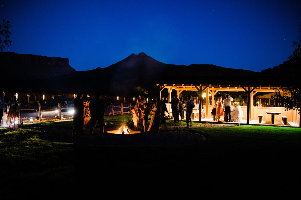 moab utah outdoor wedding red cliffs lodge