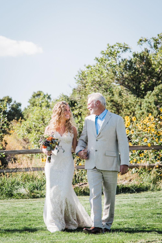 whispering oaks moab utah outdoor wedding