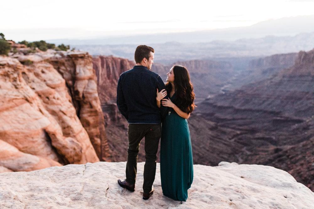 Moab wedding photographer utah
