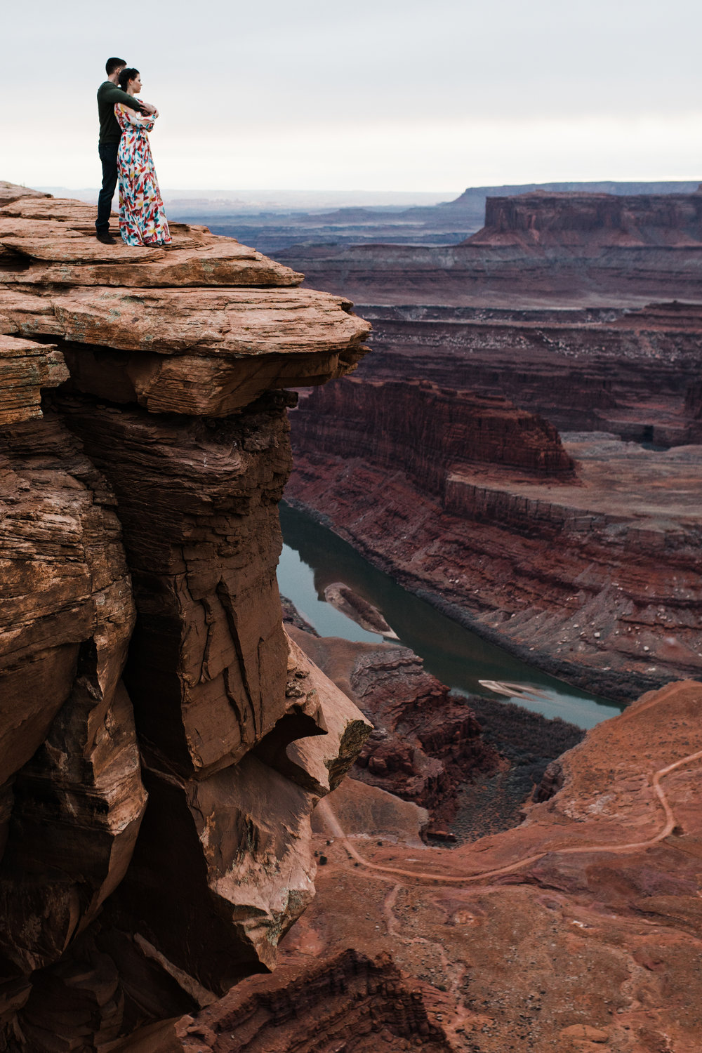 dead horse point moab utah engagement photographer