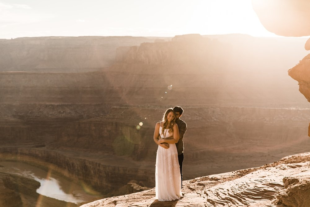 moab engagement photographer