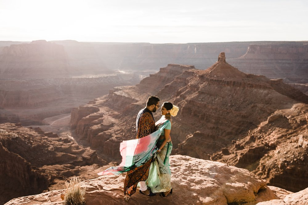 dead horse point engagement photographer