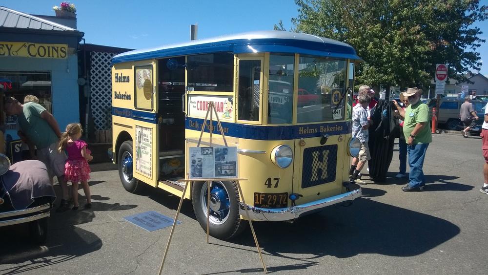 39 Twin Coach