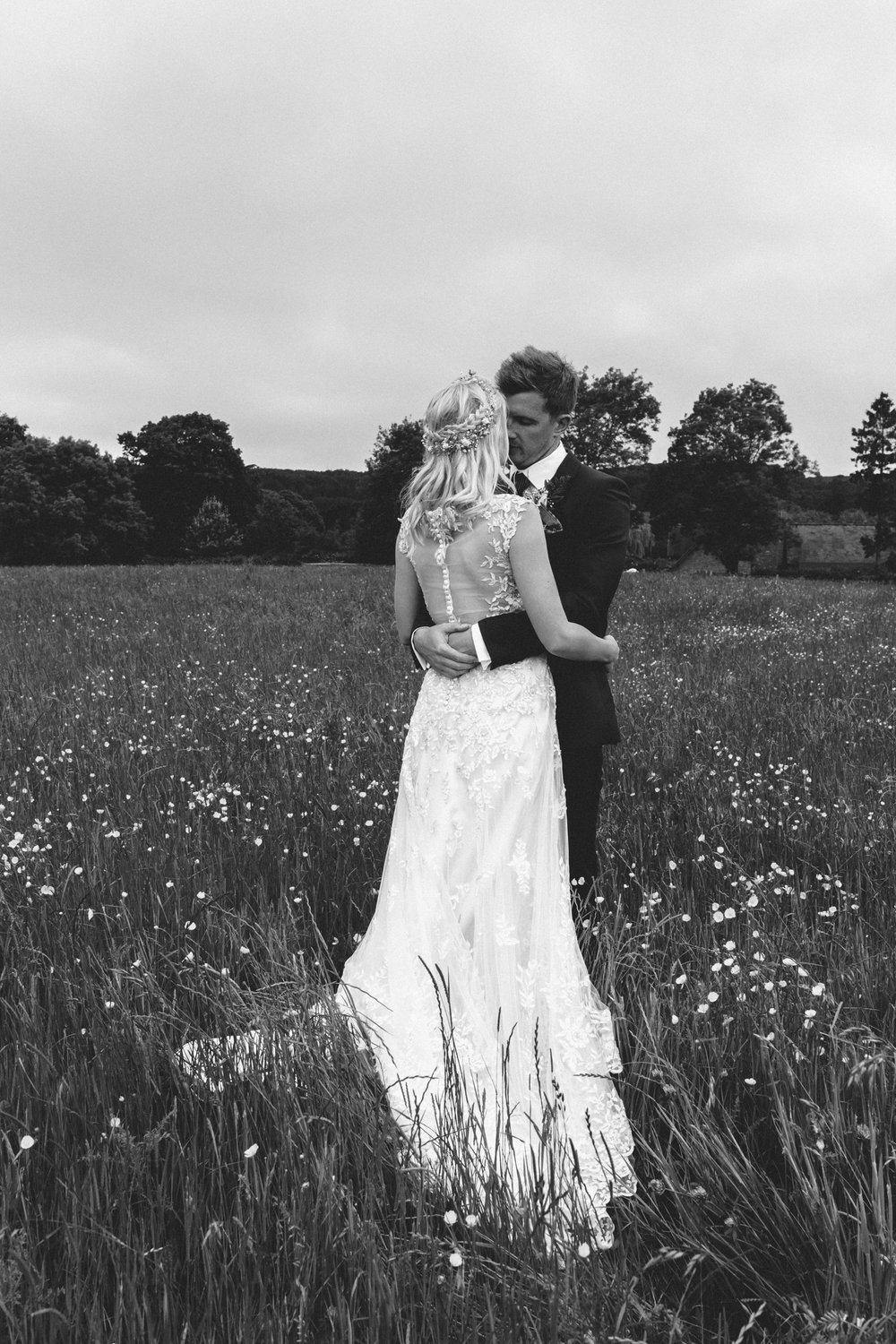 bride and groom Birmingham photographer wedding country artistic wedding photography31.jpg