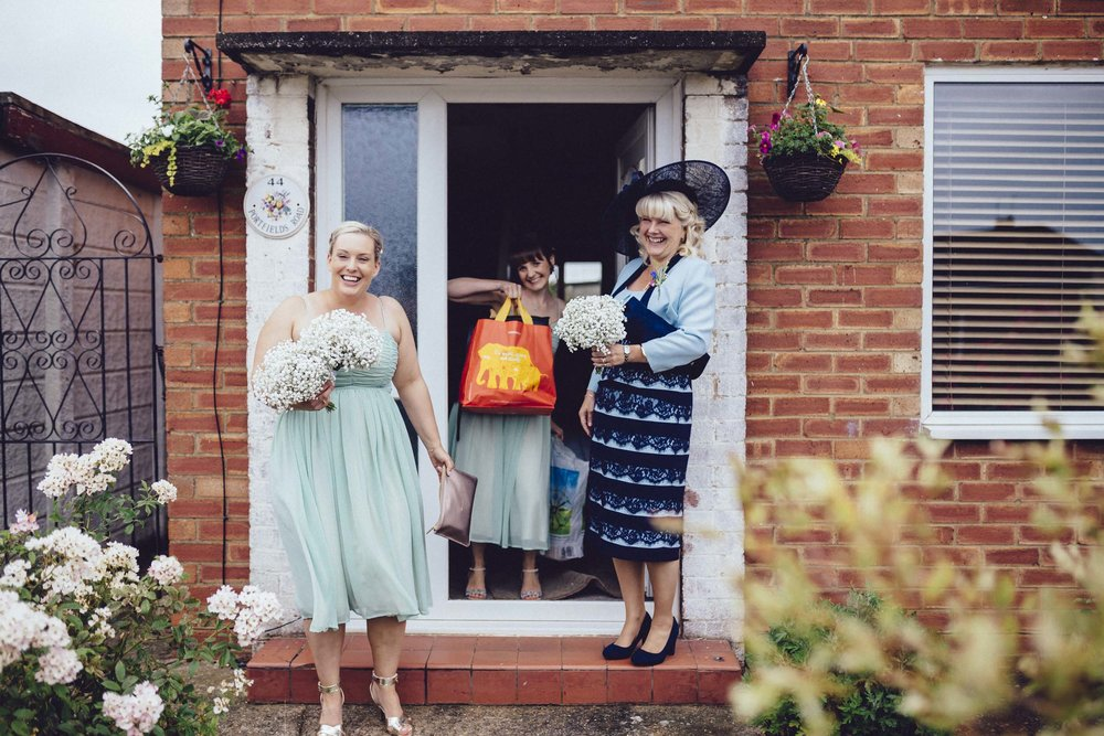 08Curious Rose Wedding Photography- Laura Rhodes- Newton Park Farm- Birmingham Artistic wedding photography-bridesmaid.jpg