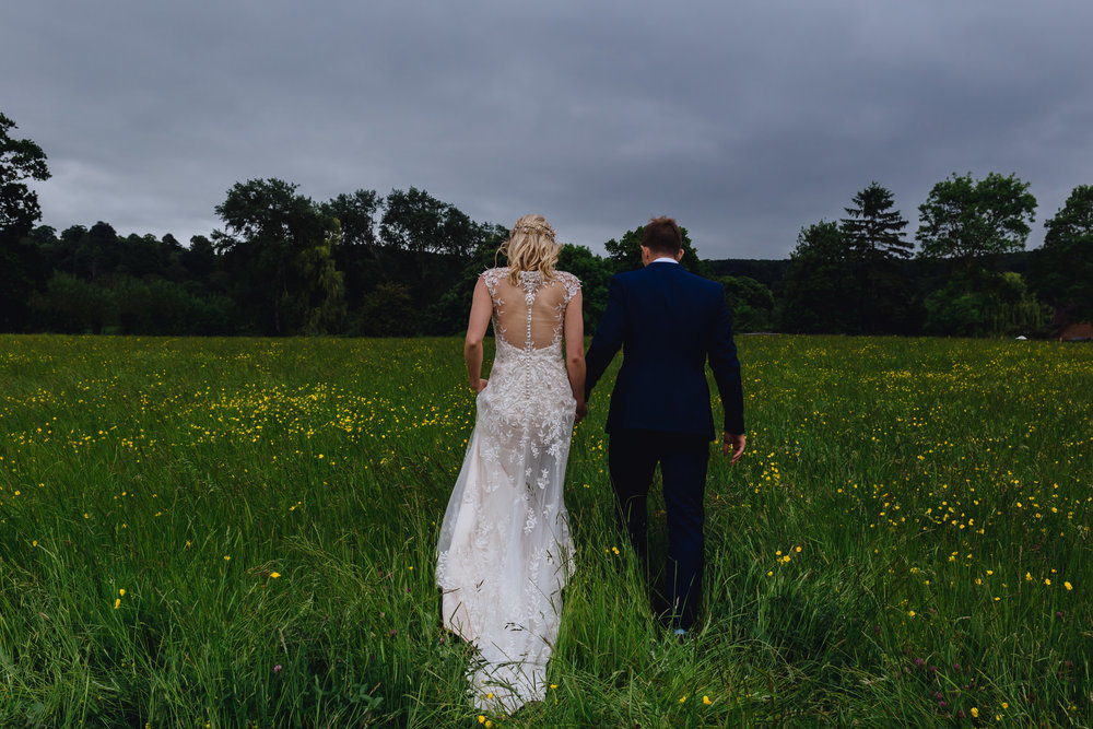 FIONA & MATTHEW - ROMANTIC GARDEN WEDDING | THE COTSWOLDS