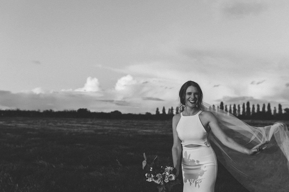 creative relxed birmingham wedding photography-6.jpg