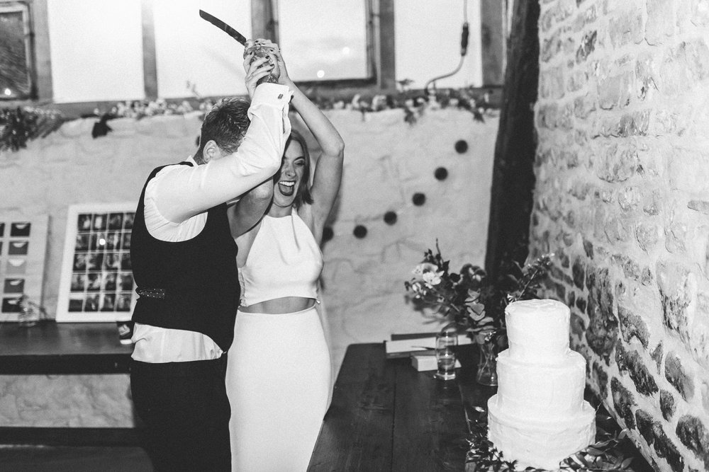 creative relxed birmingham wedding photography-14.jpg