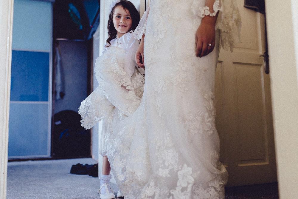 creative relxed birmingham wedding photography-17.jpg
