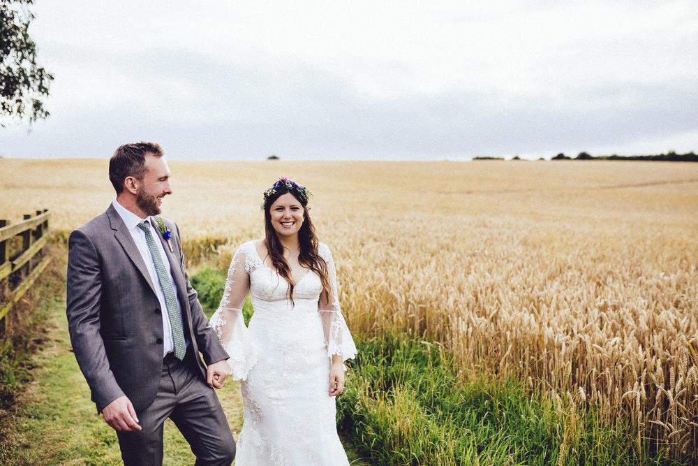 creative relxed birmingham wedding photography-36.jpg