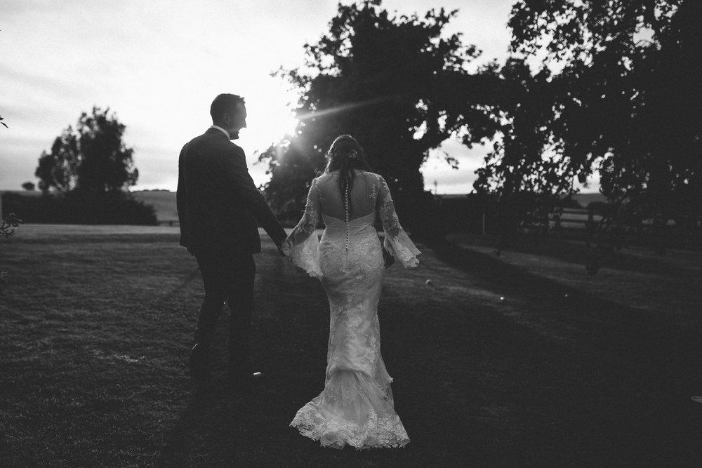 creative relxed birmingham wedding photography-38.jpg