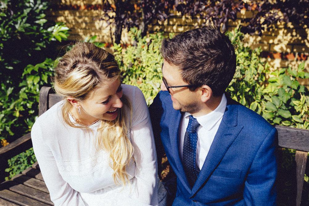 creative relxed birmingham wedding photography-49.jpg