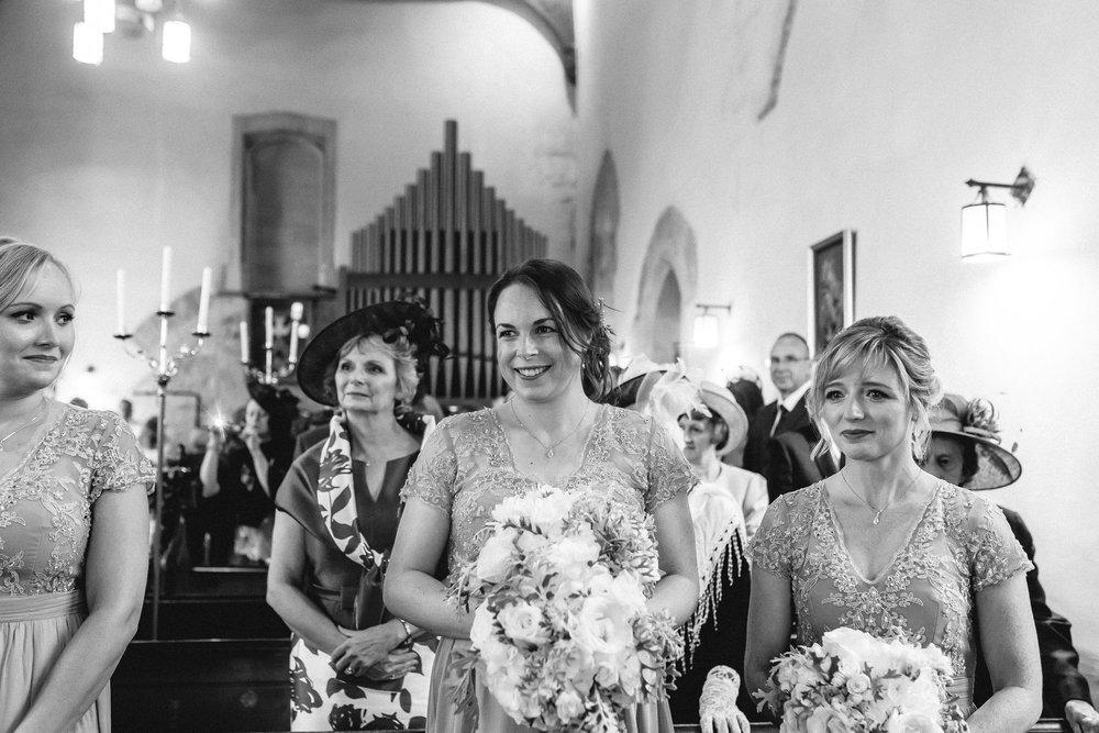 creative relxed birmingham wedding photography-67.jpg