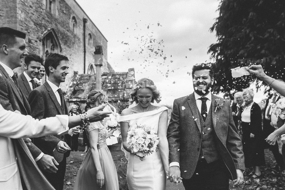creative relxed birmingham wedding photography-69.jpg