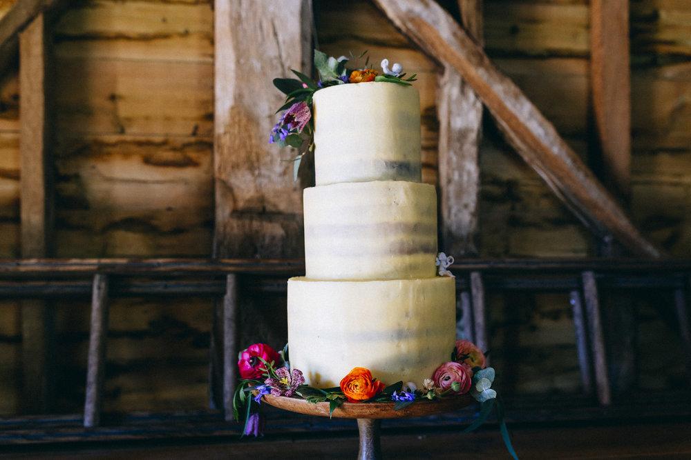 Birmingham relaxed alternative wedding photographer- the secret barn- petal and feast- curious rose photography- laura rhodes- boho bride-0037.JPG
