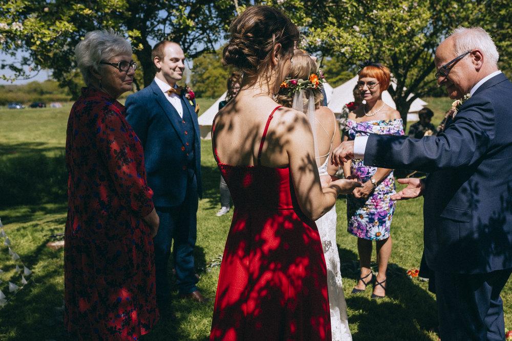 Birmingham relaxed alternative wedding photographer- the secret barn- petal and feast- curious rose photography- laura rhodes- boho bride-0021.JPG