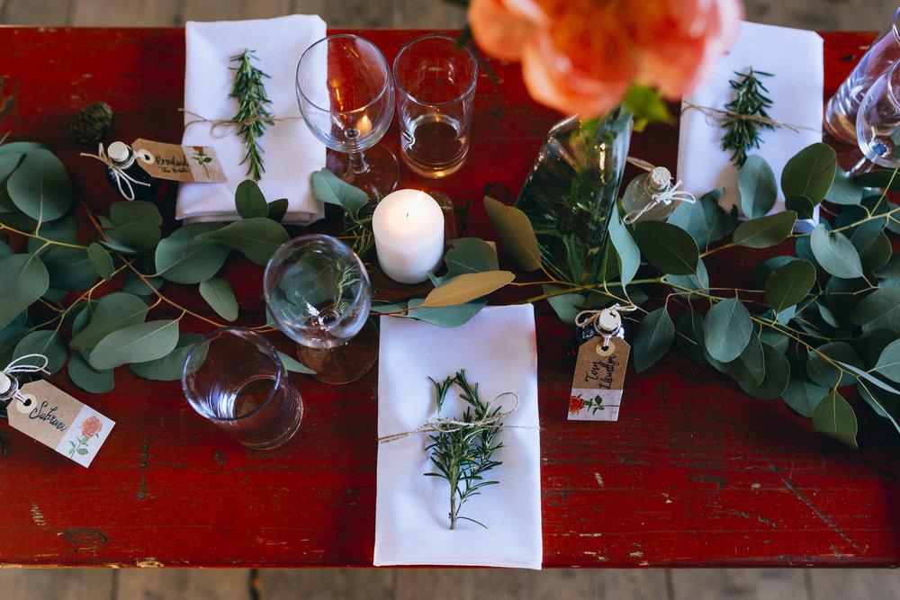 Birmingham relaxed alternative wedding photographer- the secret barn- petal and feast- curious rose photography- laura rhodes- boho bride-0033.JPG
