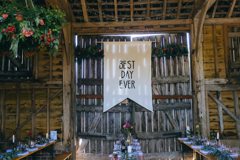 Birmingham relaxed alternative wedding photographer- the secret barn- petal and feast- curious rose photography- laura rhodes- boho bride-0035.JPG