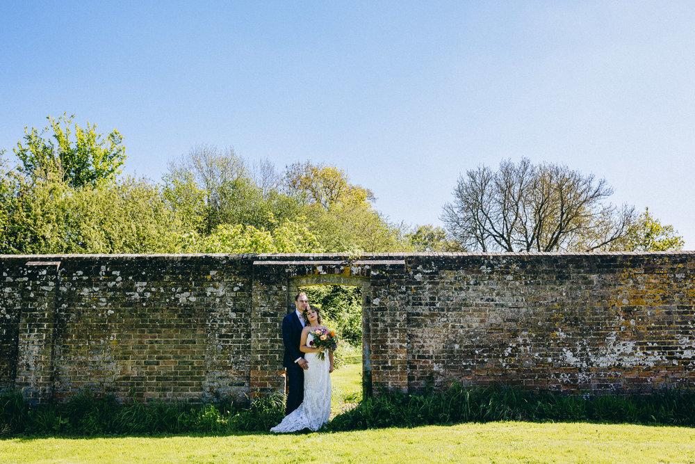 Birmingham relaxed alternative wedding photographer- the secret barn- petal and feast- curious rose photography- laura rhodes- boho bride-0056.JPG