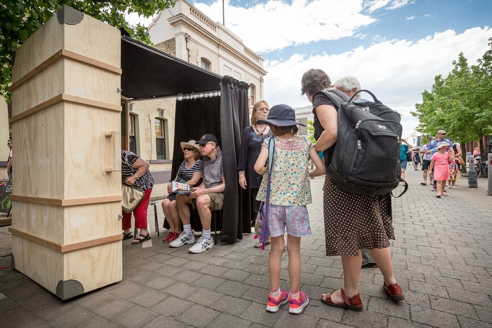 Suitcase Cinema at the Port Festival, photo: Sam Roberts