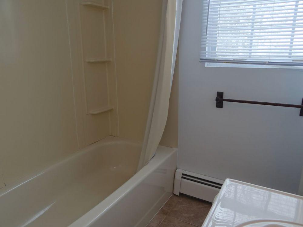 In-Law Suite / Apartment Bath