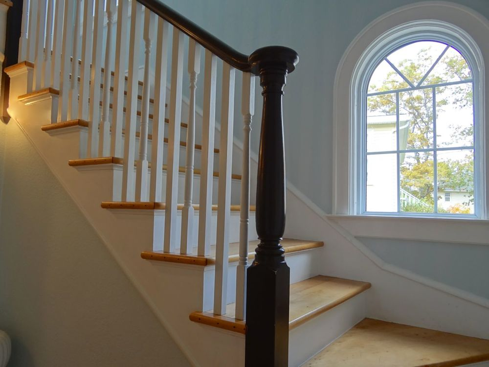 Stairway to 2nd. floor.