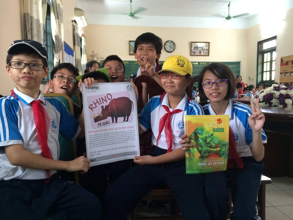 Picture: Student at Trung Hoa secondary school join hands to protect the rhino