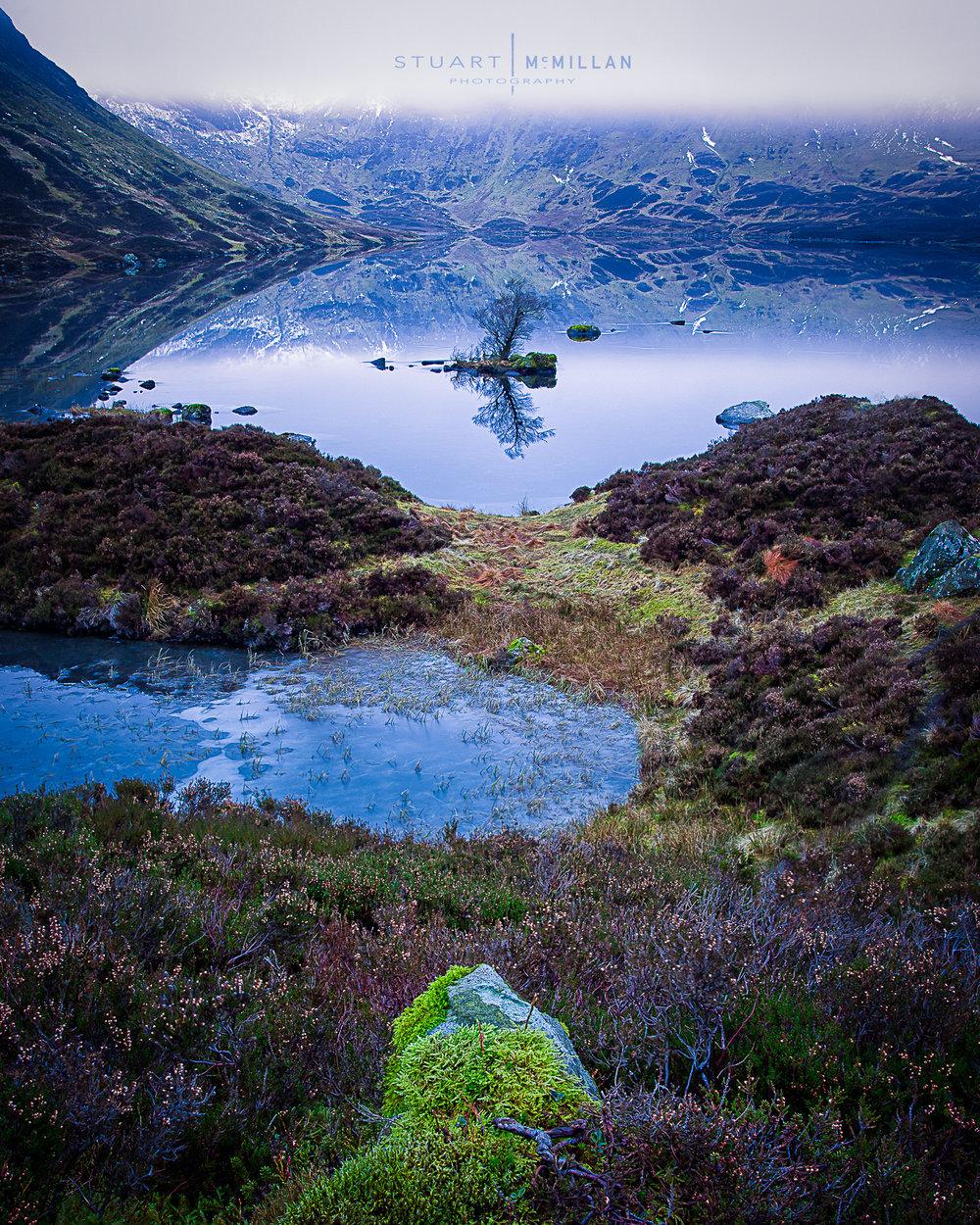 Loch Skeen 5D MKII | EF17-40mm f/4L USM | ISO 50 | Combination of 9 shots