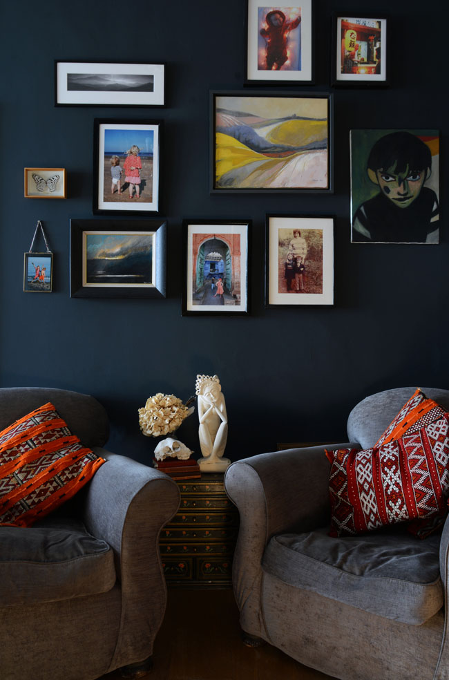 Interior image by Anna Starmer, Wall colour Railings by Farrow and Ball