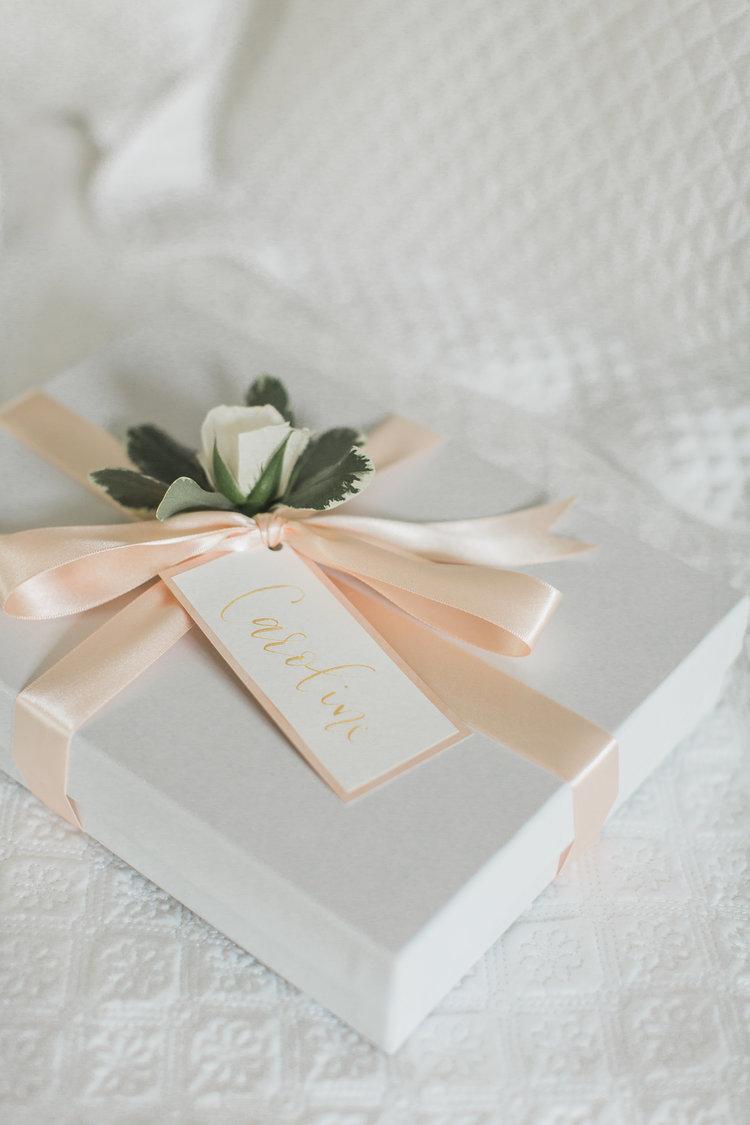 A Feminine Brunch Wedding || Samantha + Jeffery - Boston and Cape ...