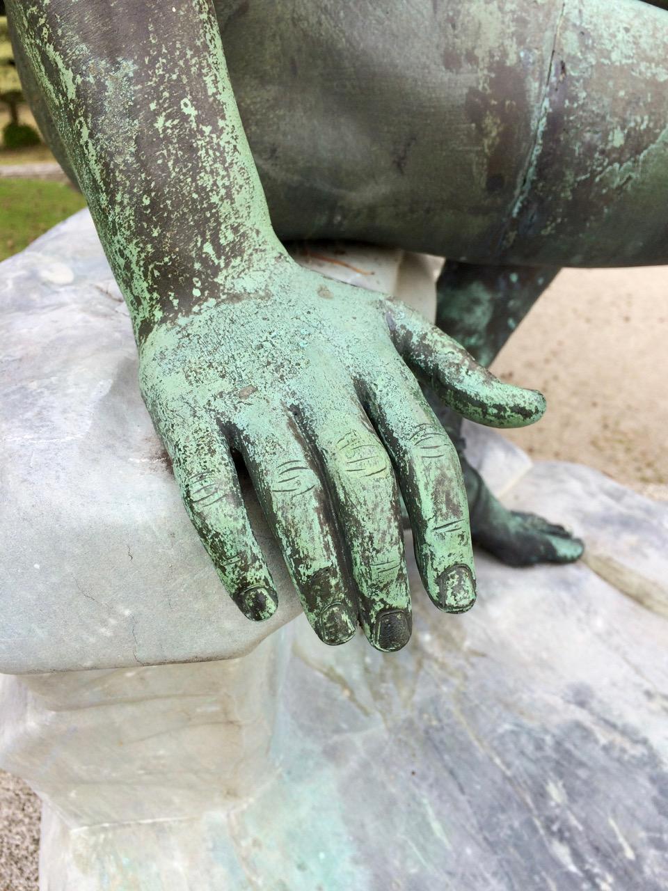 powerscourt_hand