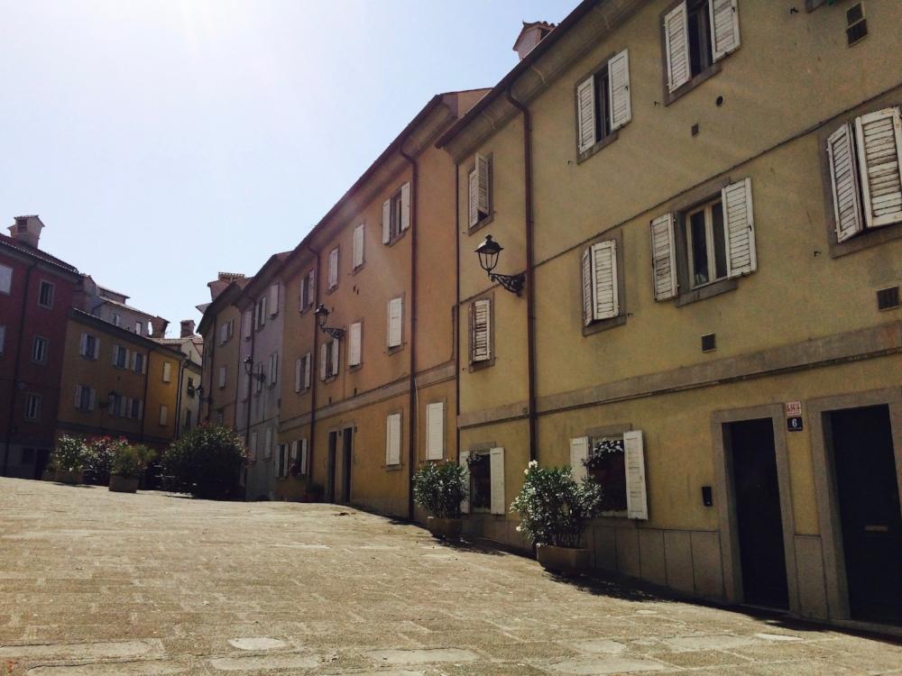 trieste_courtyard