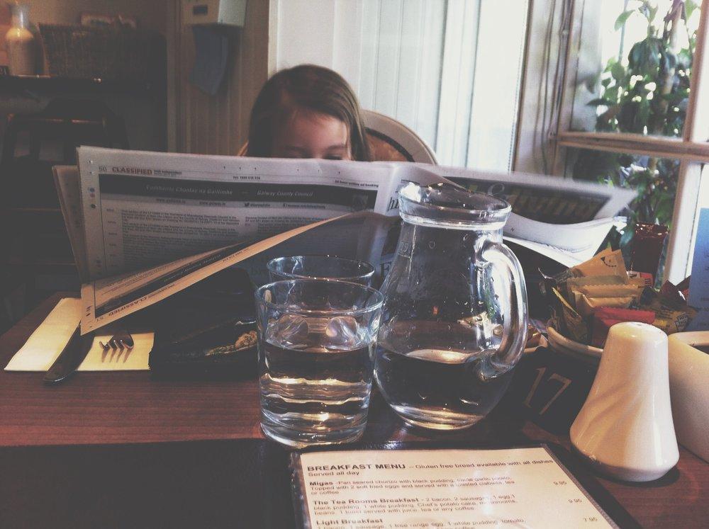 ella+cafe.JPG