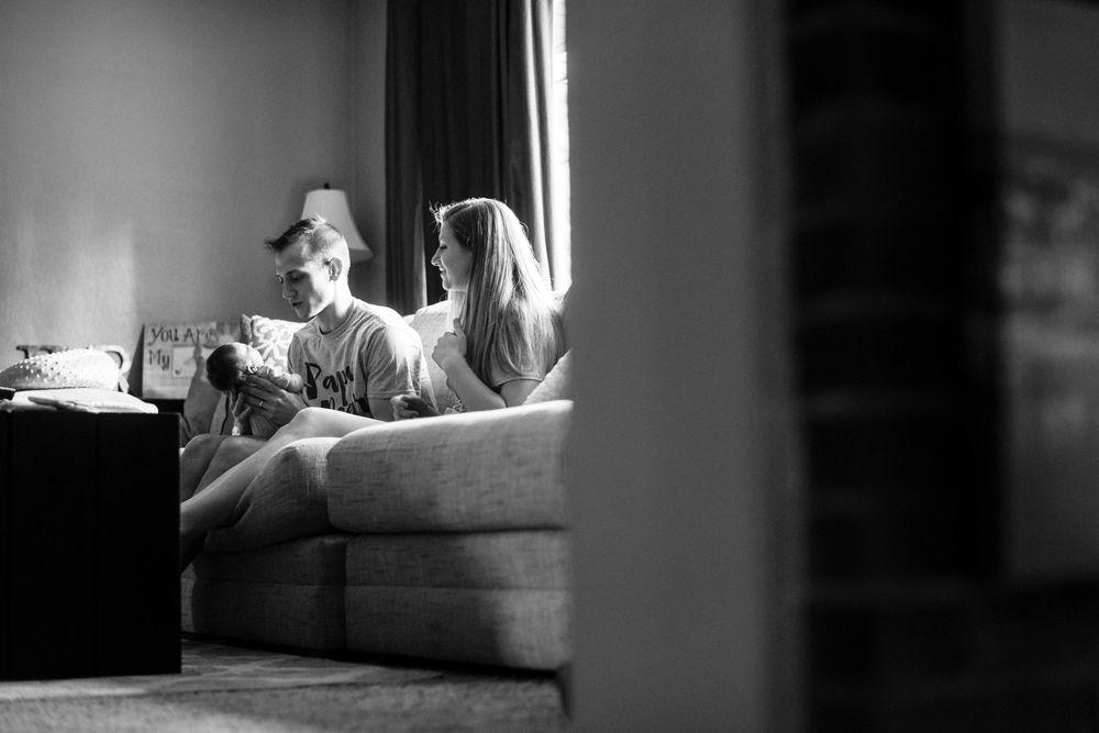 Lifestyle Newborn Family Pittsburgh Rachel Rossetti Photography_0007.jpg