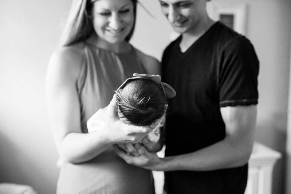 Lifestyle Newborn Family Pittsburgh Rachel Rossetti Photography_0017.jpg