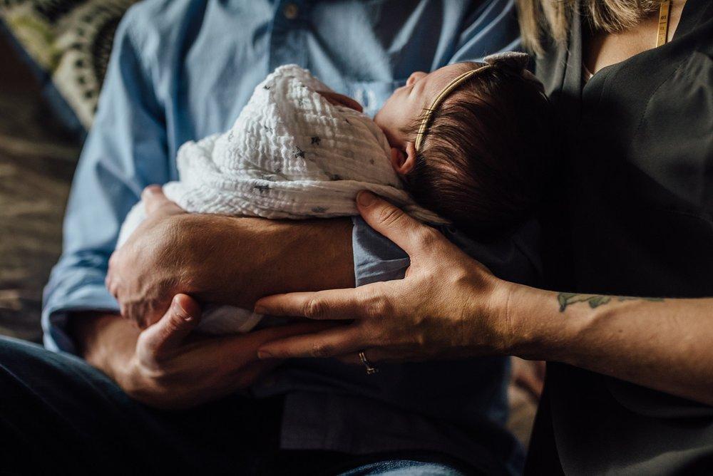 Newborn Lifestyle Photography Pittsburgh Lawrenceville Rachel Rossetti_0485.jpg
