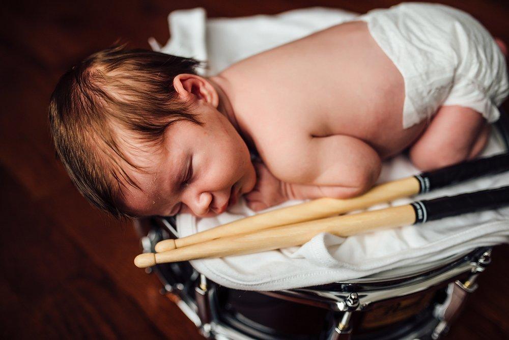 Newborn Lifestyle Photography Pittsburgh Lawrenceville Rachel Rossetti_0554.jpg